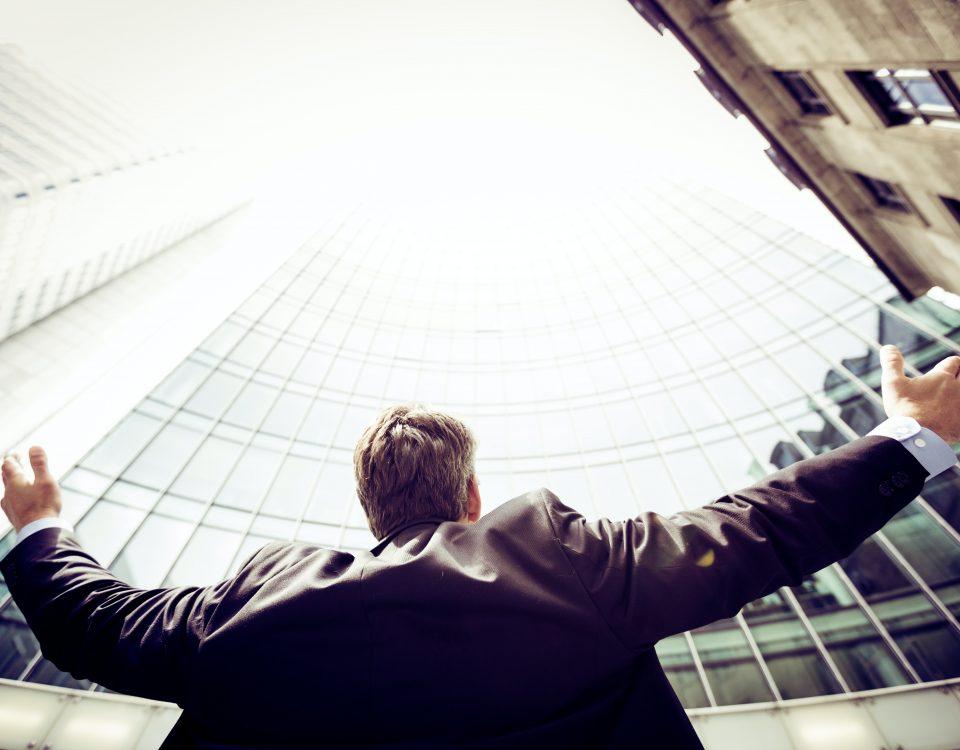 Brandul Personal vs Brandul de companie